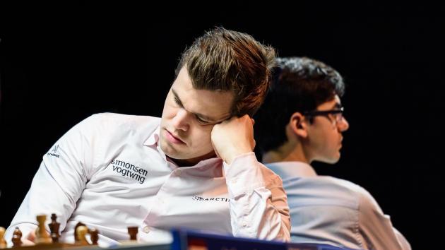 Карлсен и Гири догоняют лидеров в Вейк-ан-Зее