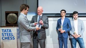 Carlsen gewinnt das 81. Tata Steel Chess Turnier