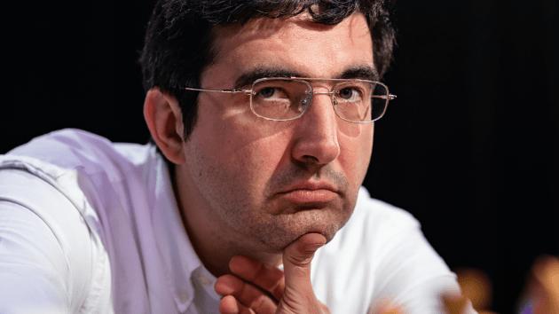 Le 14e champion du monde Kramnik se retire des échecs classiques