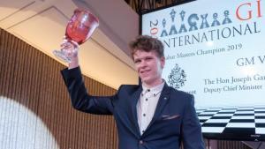Artemiev gewinnt das Gibraltar Chess Festival