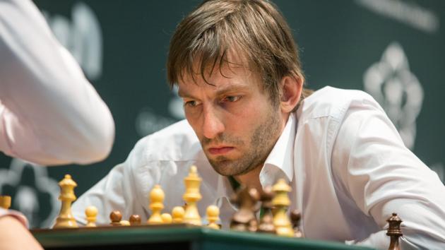Титулованный вторник собирает более 400 участников; Грищук выигрывает, отдав противникам всего пол-очка