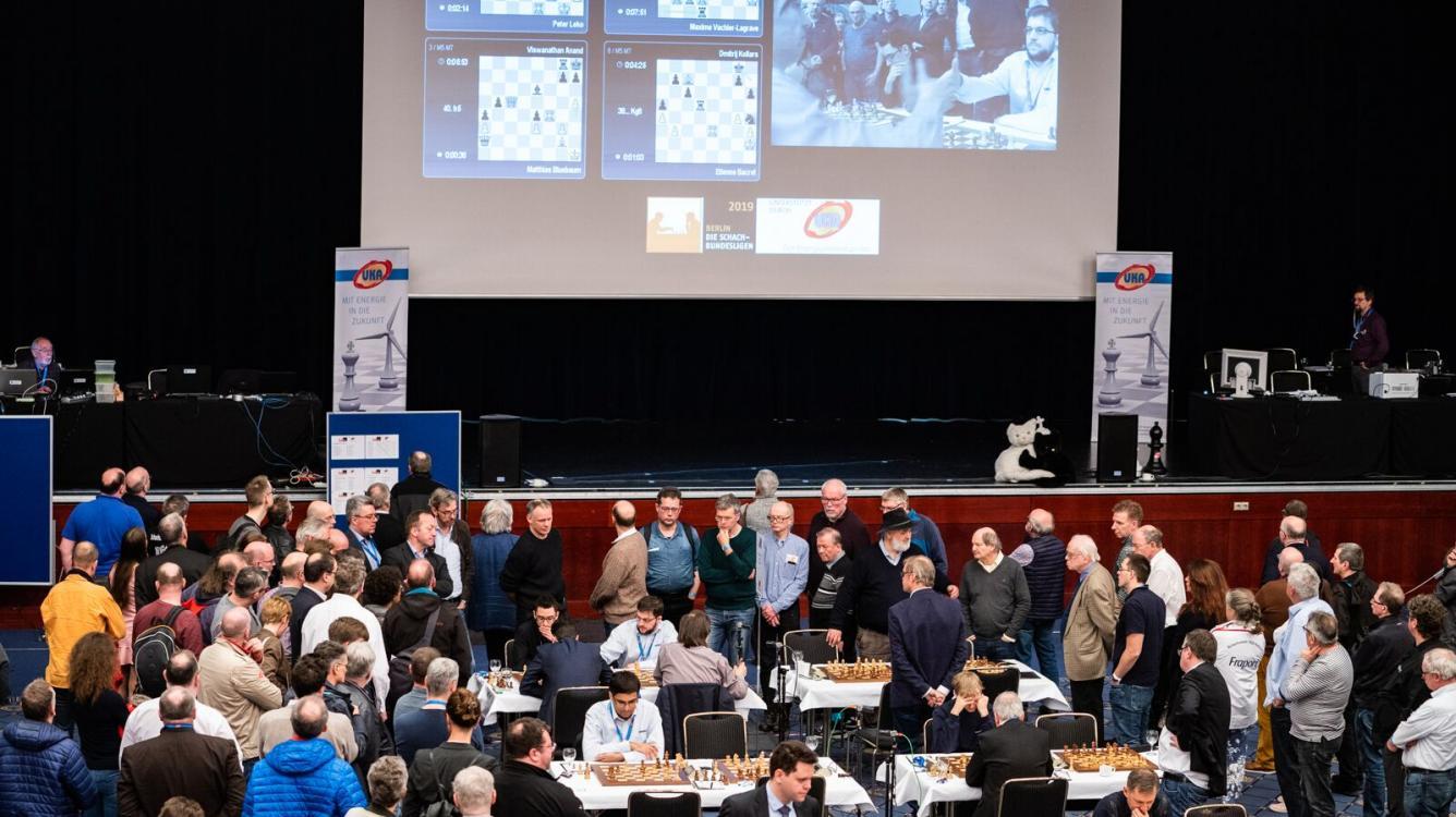 Zentrale Runde der Schachbundesliga in Berlin