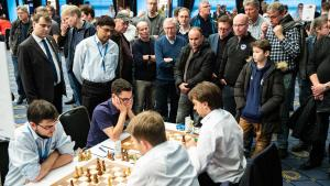 Zentrale Runde der Schachbundesliga in Berlin - Samstag