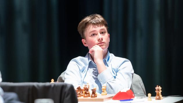 Keymer Scores 1st Win In Grenke Chess Classic Round 5