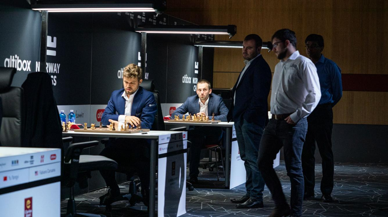 Norway Chess Round 5: Carlsen Increases Lead, Aronian Escapes