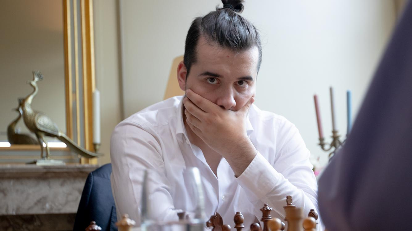 Nepomniachtchi Leads Levitov Chess Week With 1 Day To Go