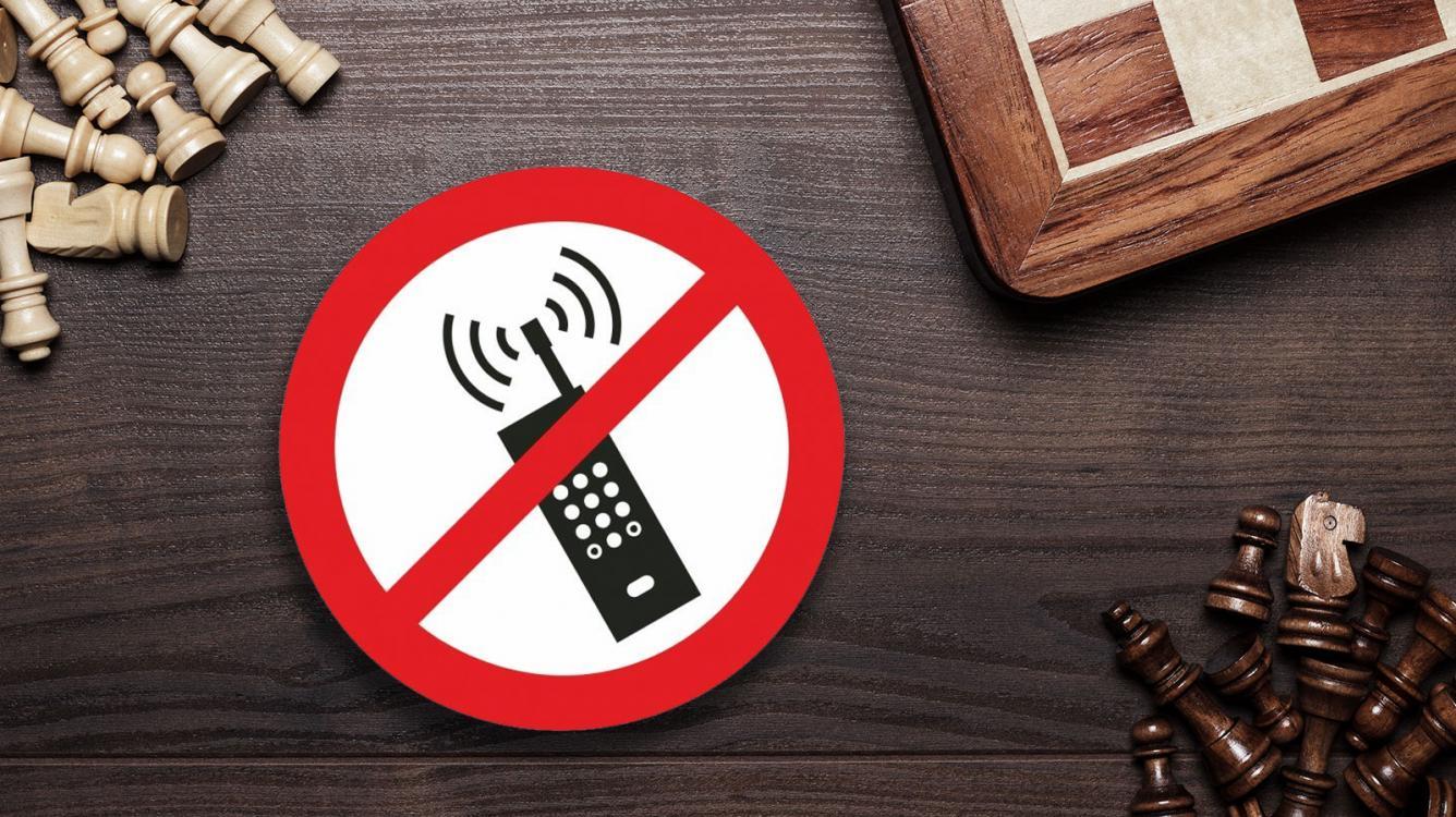 Sospechoso de trampas pillado con el teléfono en el Dutch Open