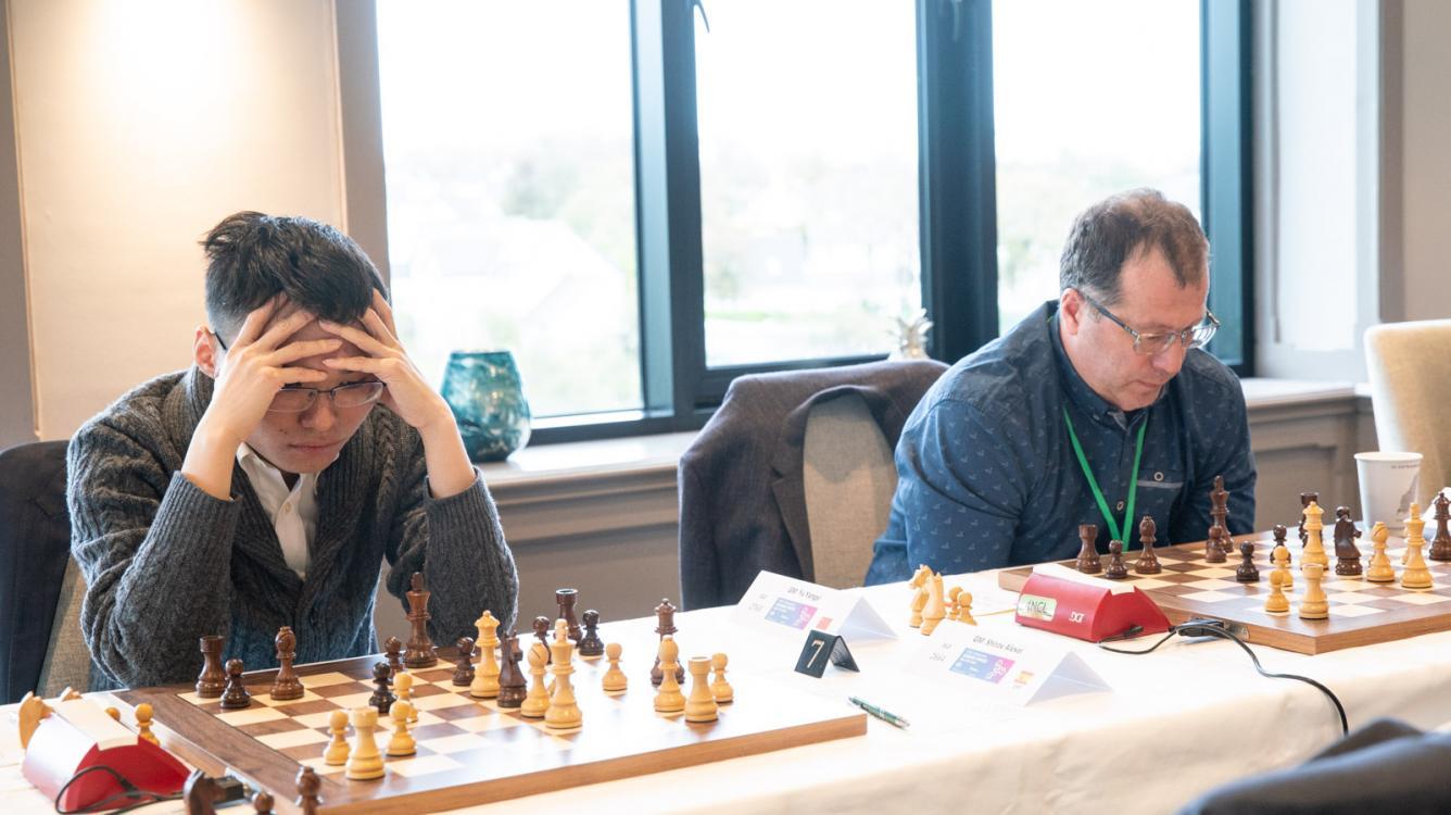 Большая швейцарка ФИДЕ и Chess.com: Карякин побеждает в партии-близнеце