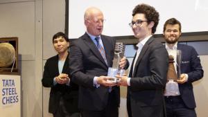 Caruana gewinnt das Tata Steel Masters
