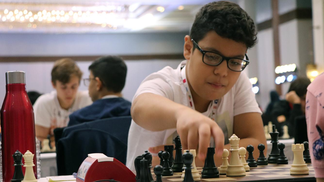 14-Year-Old Sensation Suleymanli Wins Aeroflot Open