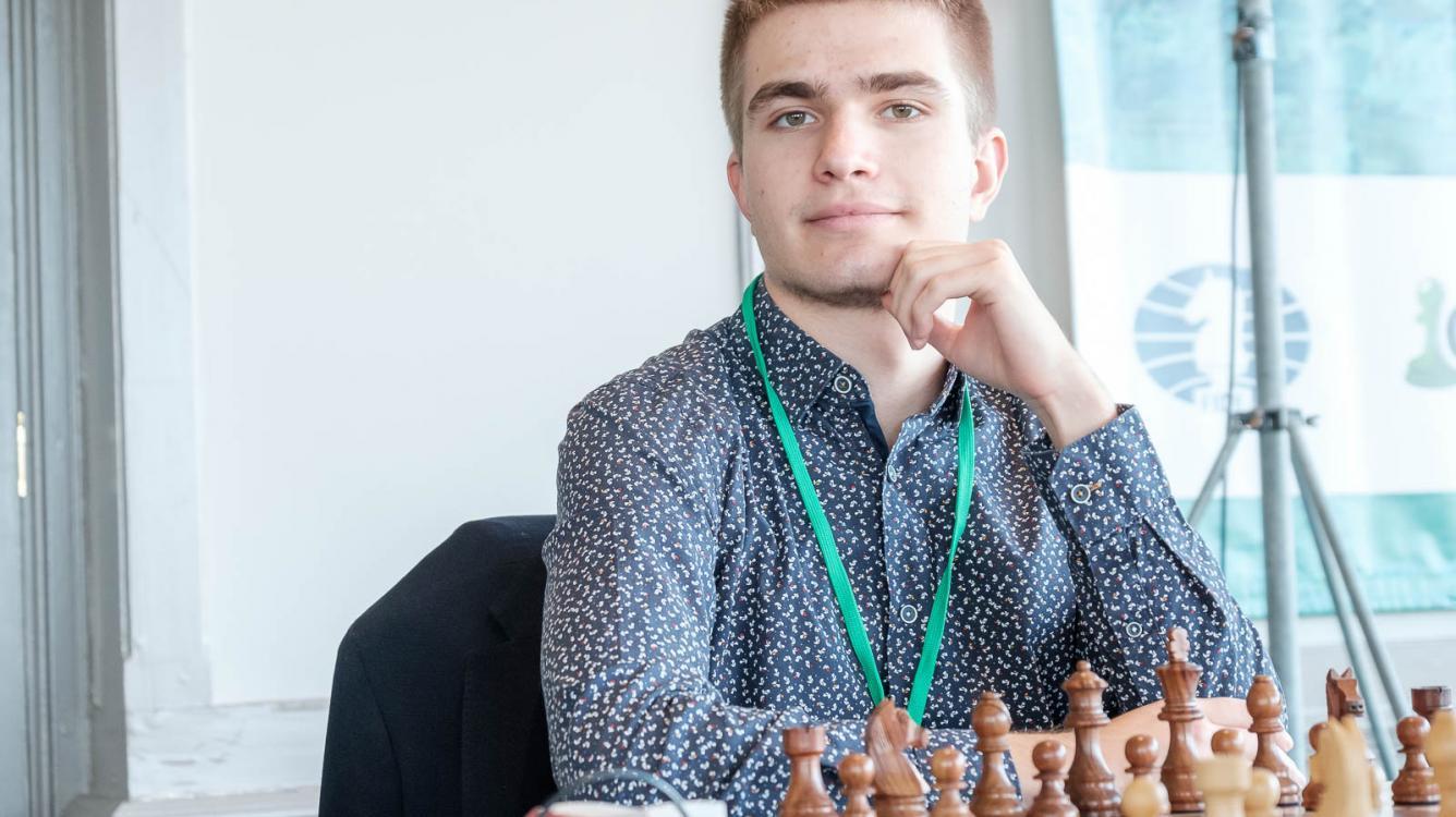 Алексей Сарана - чемпион Европы по шахматам онлайн