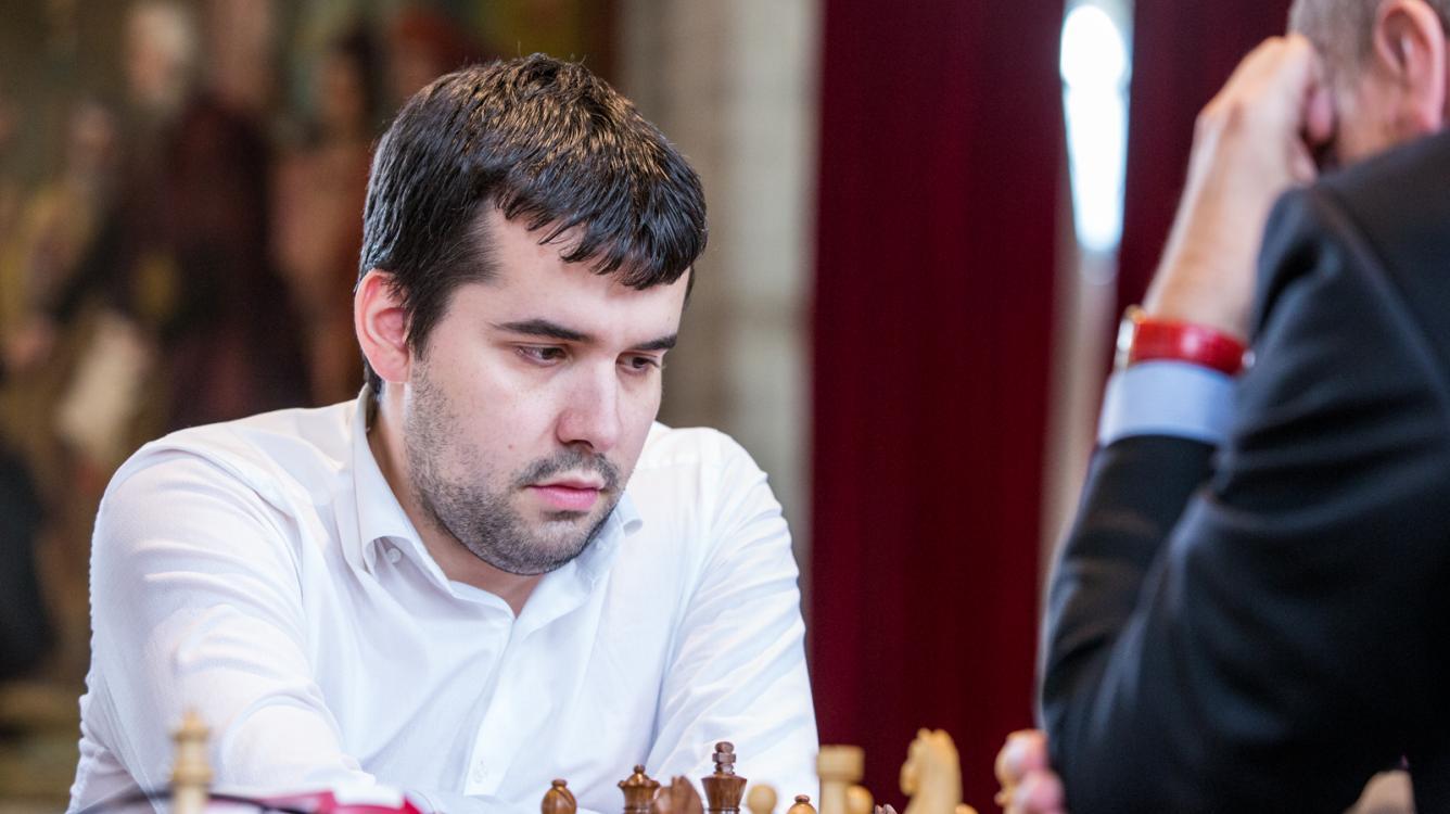Chessable Masters: Непомнящий ведет в матче с Артемьевым, Грищук уступает Гири