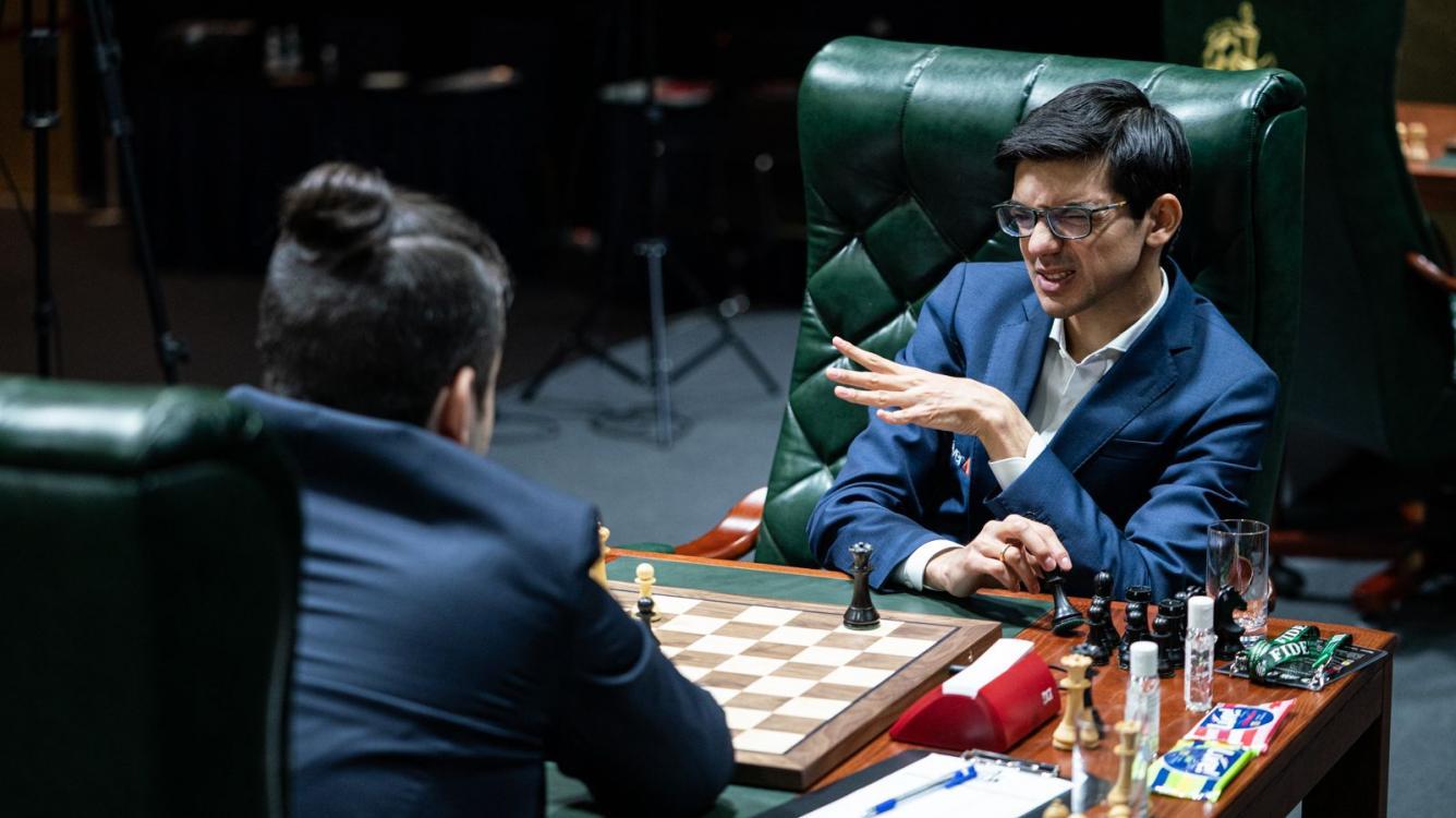 Legends Of Chess SF: Giri Evens The Score, Carlsen Advances To Finals