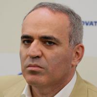 Kasparov Hints At FIDE Presidency Bid