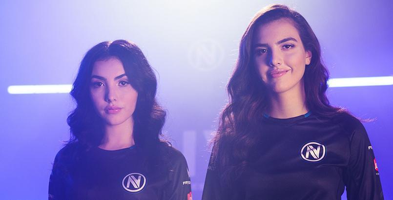 Botez Sisters Sign With Esports Organization Team Envy