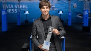 Jorden van Foreest gewinnt das Tata Steel Turnier