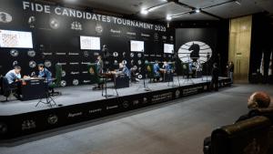Das Kandidatenturnier wird im April fortgesetzt