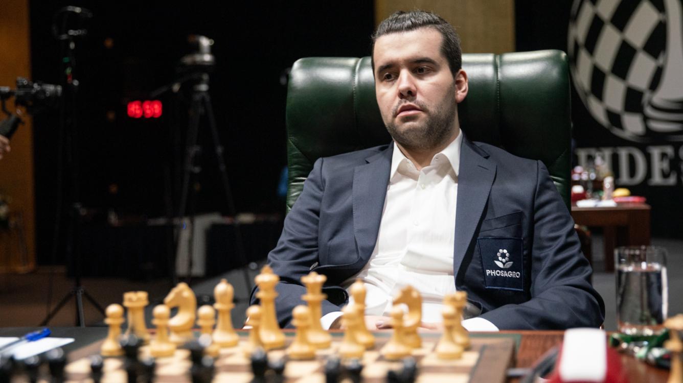 Magnus Carlsen Invitational: Непомнящий побеждает Карлсена и выходит в финал