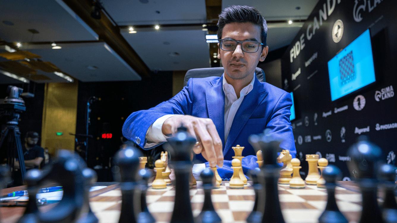 Torneio de Candidatos da FIDE: Giri vence e fica empatado em segundo lugar