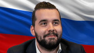 Nepomniachtchi Can't Play Carlsen Under Russian Flag
