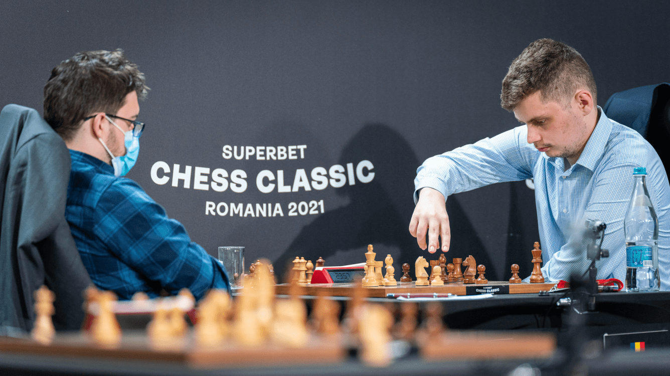 Superbet Chess Classic: Deac Beats MVL, Leads With Caruana