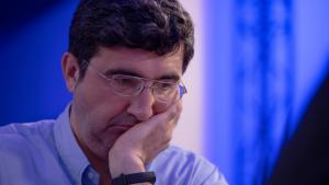 Париж: Крамник вернулся за доску