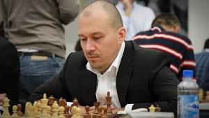 Carlsen-Karjakin 2016 - Game 2's Thumbnail
