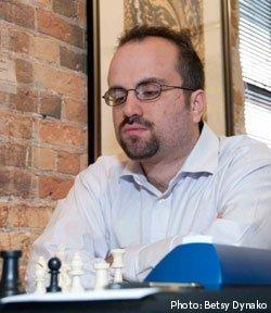 How to play like a tactical chess genius (and stop dropping pieces!)